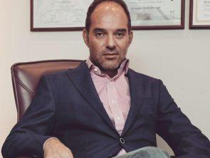 Dr Πετρόπουλος Ιωάννης MD, PhD, FEAFPRS